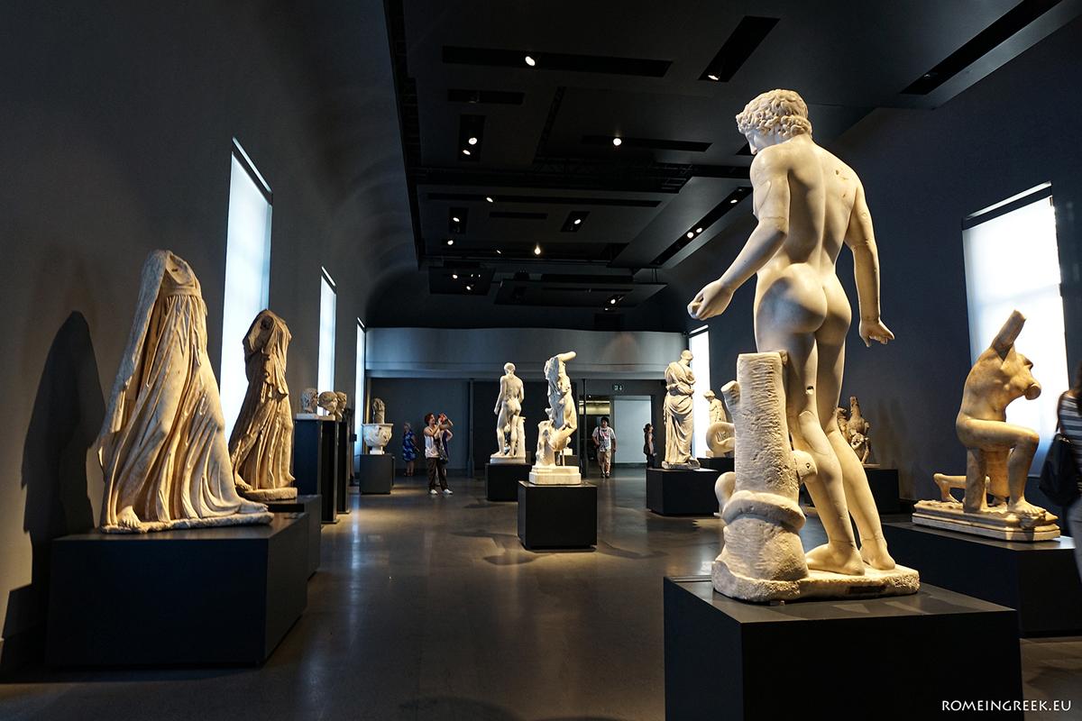 Μια από τις συλλογές κλασικών αγαλμάτων