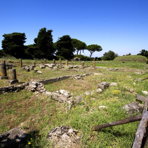 Τετράστωο (ναός του Ηρακλή)