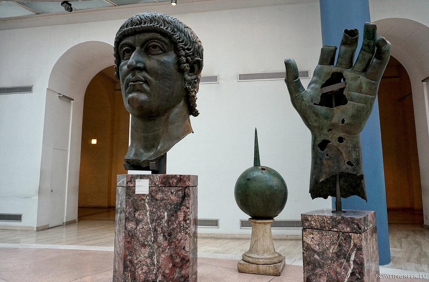 Τμήματα από άγαλμα του Μ. Κωνσταντίνου