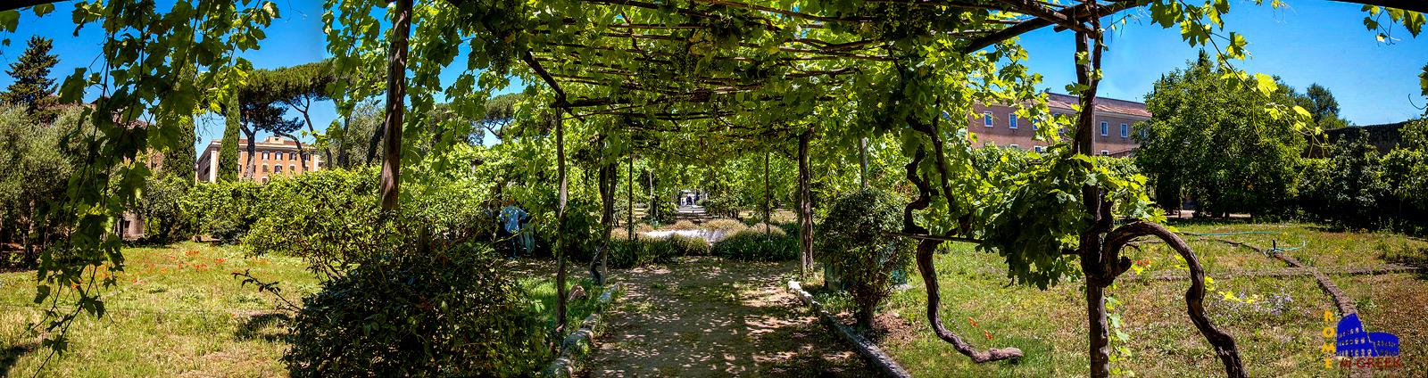 Ο μοναστηριακός κήπος σήμερα.