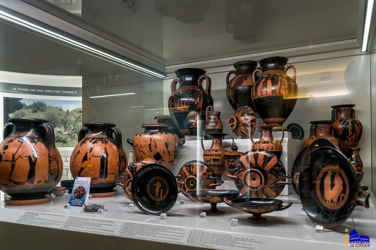 Ευρήματα από τον τάφο των «Ελληνικών Αγγείων», κατασκευασμένα στην Αθήνα (580-450 π.Χ.)