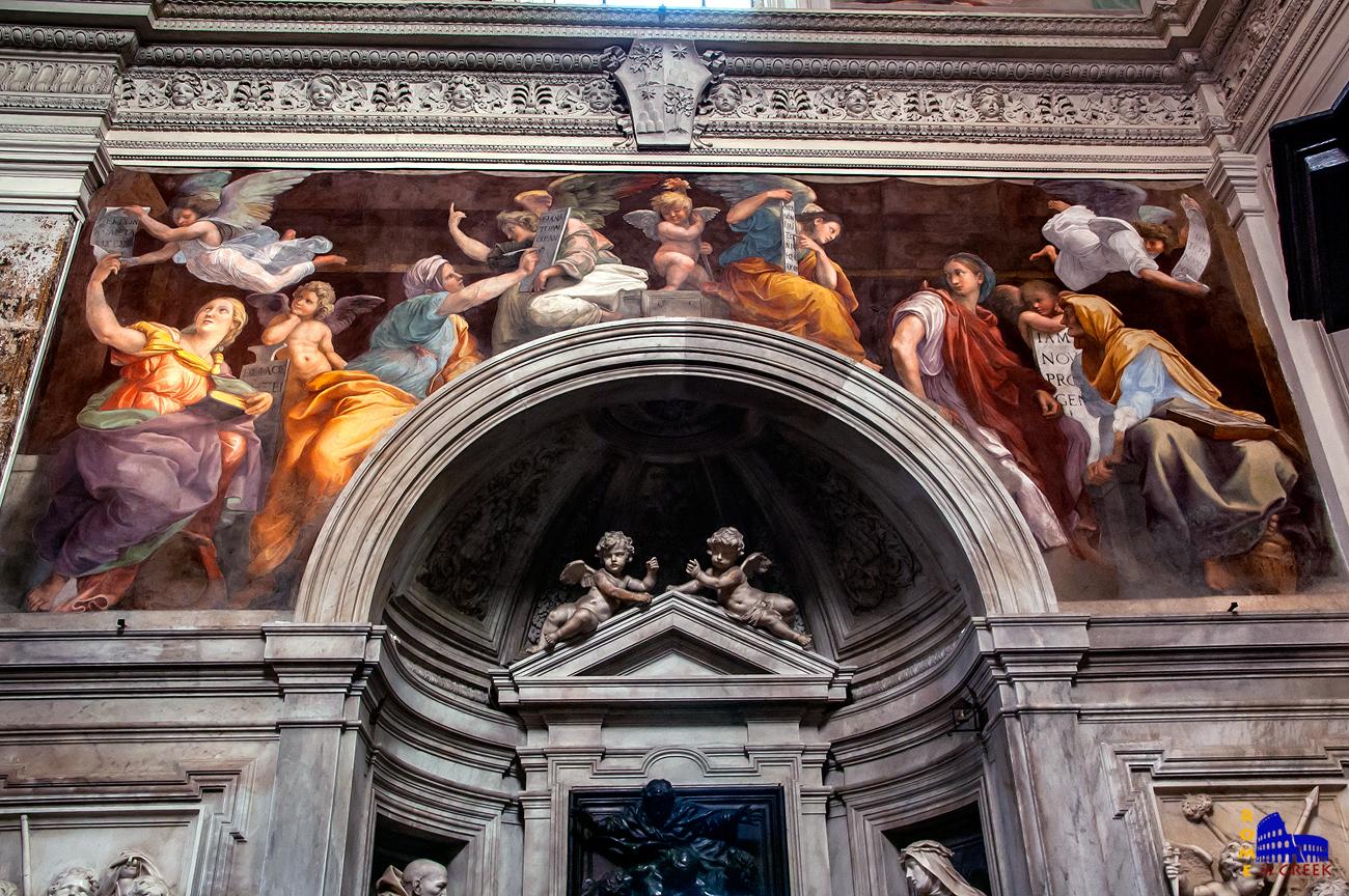 Οι «Σίβυλλες και Άγγελοι» του Ραφαήλ. Ήταν το τελευταίο του έργο, θα πεθάνει σε ηλικία 37 ετών (ο τάφος του βρίσκεται στο Πάνθεον, στην Ρώμη) . Το φιλοτέχνησε ενώ εργάζονταν παράλληλα στα διαμερίσματα του πάπα στο Βατικανό. Τέσσερις από τις περγαμηνές που κρατούν στα χερια τους οι Σίβυλλες και οι άγγελοι είναι γραμμένες στα ελληνικά.