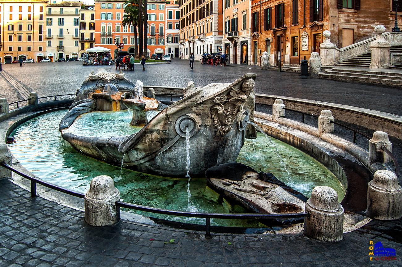 H διάσημη «barcaccia» στην piazza di Spagna (1629, έργο του Pietro Μπερνίνι, πατέρα του πιο διάσημου Gian Lorenzo).