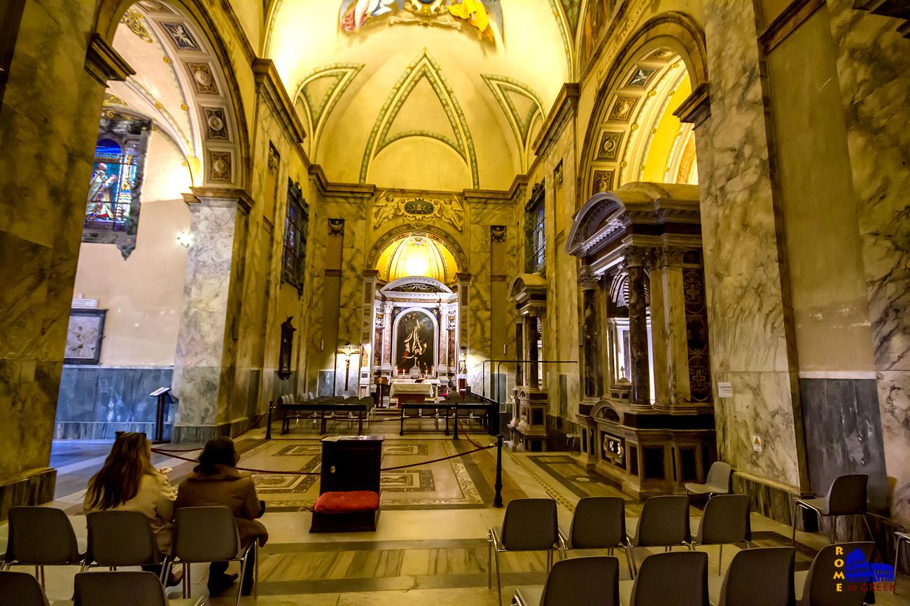 Ναός του Μαρτυρίου του Απ. Παύλου, εσωτερικό.